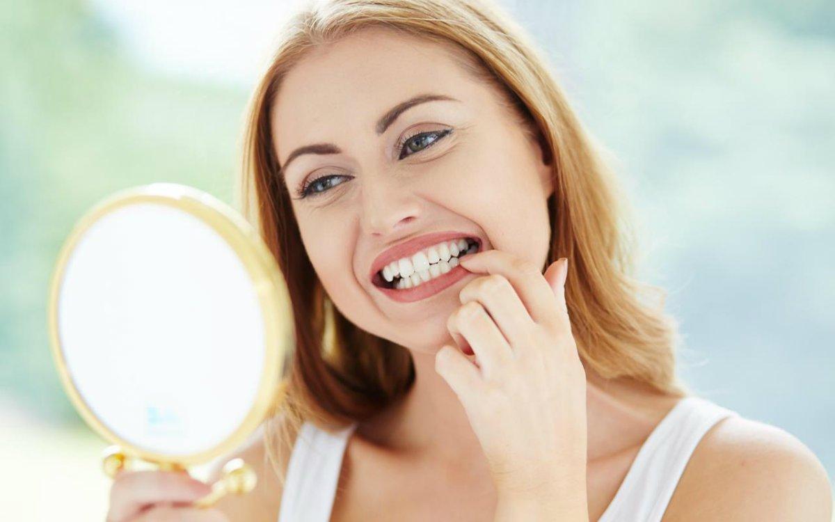 images/mod_blog/teeth-check-n-mirror_1200_1mn4.jpg